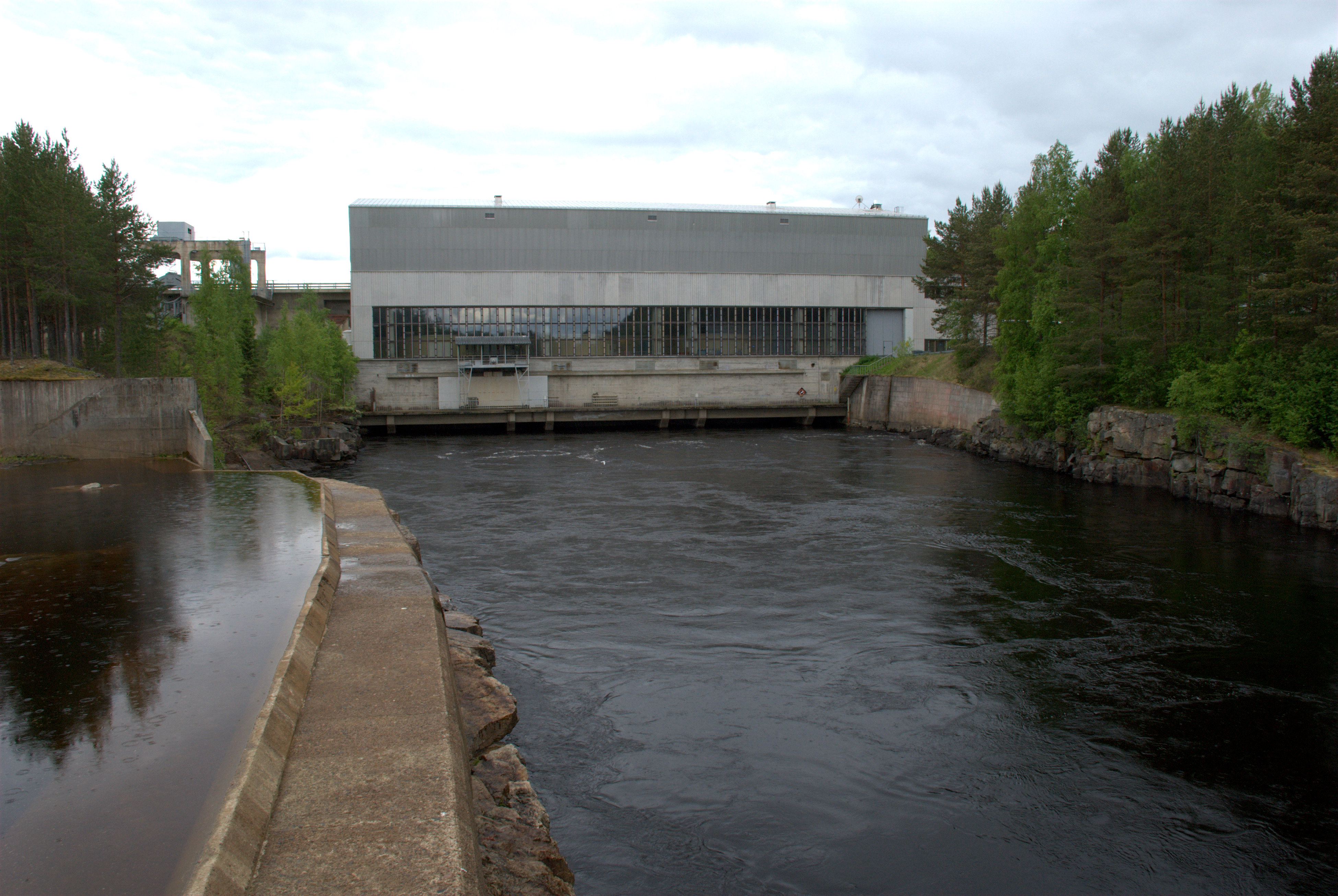 Utanen hydro power plant